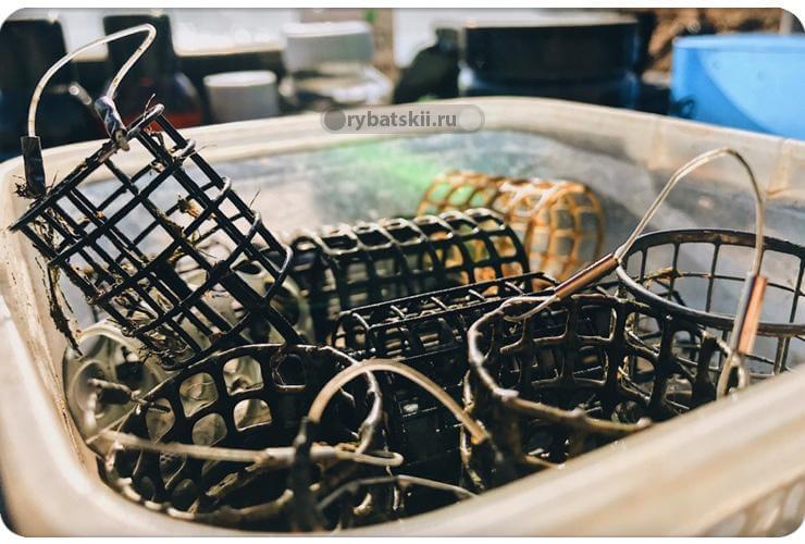 Разные рыболовные кормушки