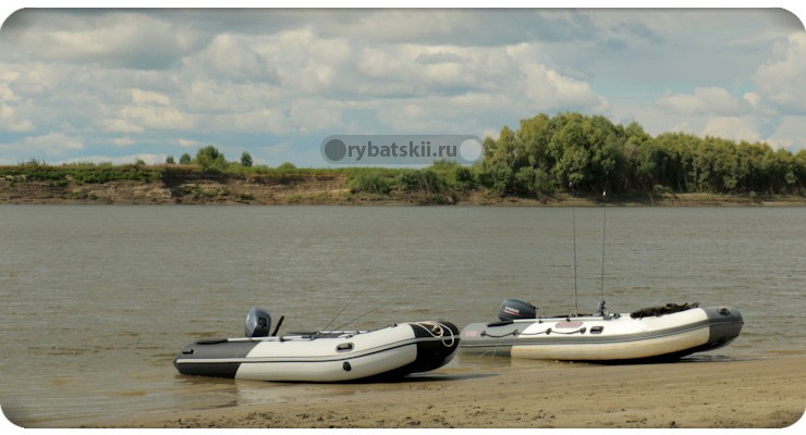 Лодки на реке Иртыш