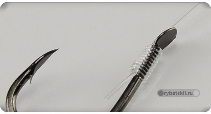 Крючок с лопаткой