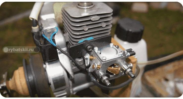 Двигатель мотобура