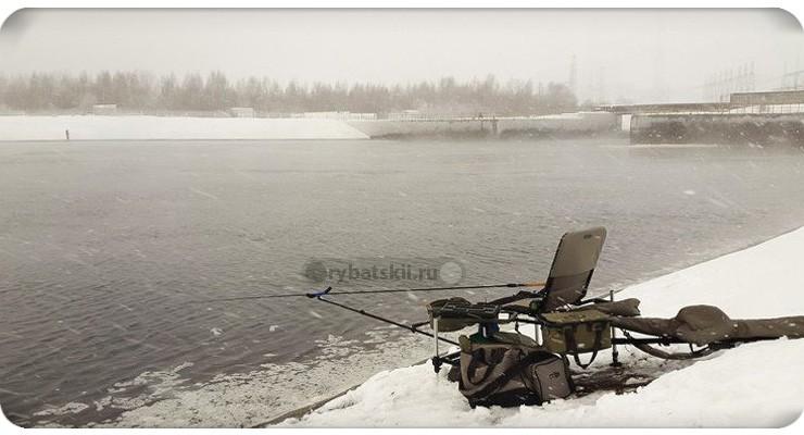 Зимний фидер по открытой воде